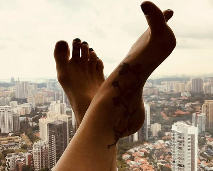 foot fetish sole feet worship images